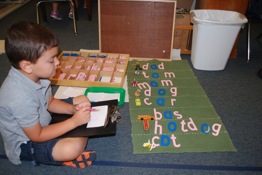 montessori_language_learning