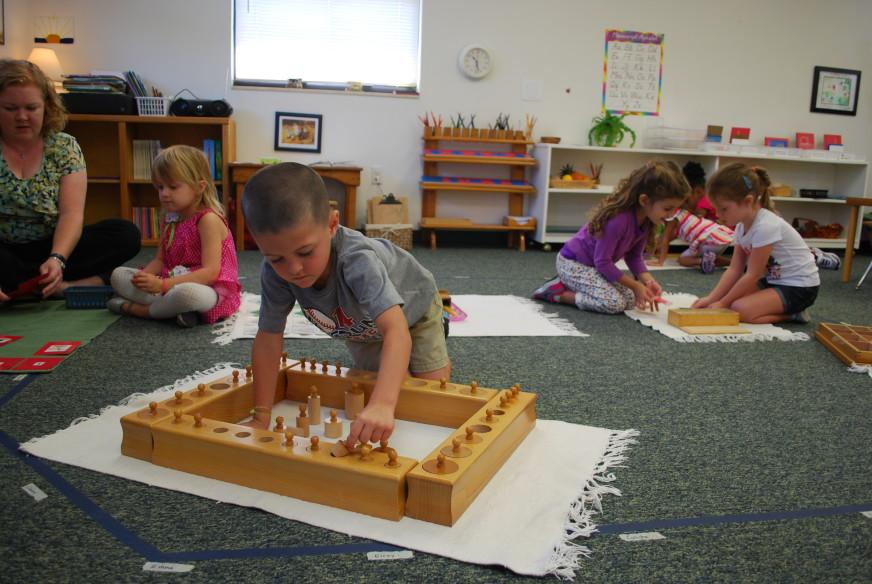 authentic_montessori_classroom